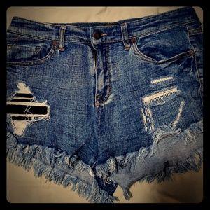 High Waisted Cut Off Distresses Shorts